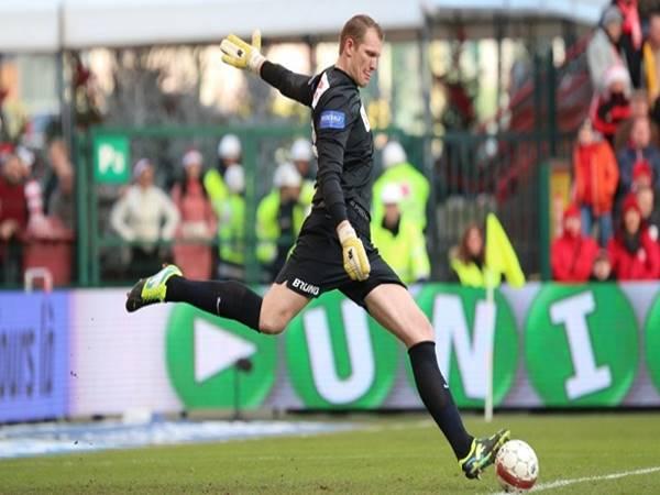 Kristof Van Hout cầu thủ bóng đá cao nhất thế giới
