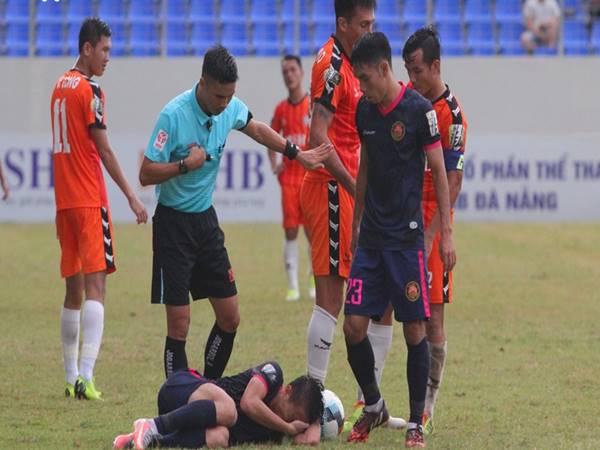 Công tác trọng tài của V.League liên tục mắc sai sót