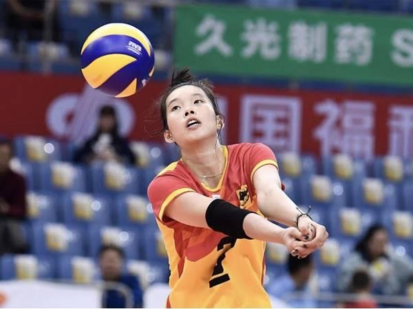 Hướng dẫn cách đánh bóng chuyền không bị đau tay và chấn thương
